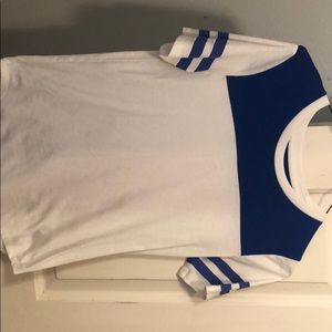 Blue and white old navy t-shirt